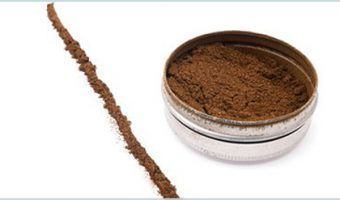 lines of tobacco snuff